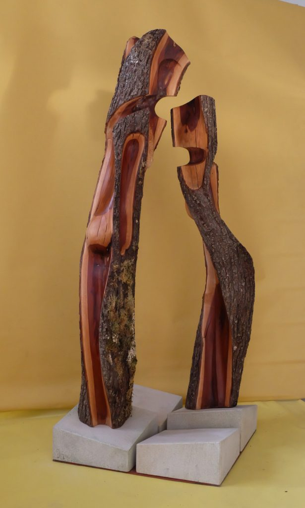 "Franz Jos. Geier, ""Entwurzelt"", Pflaumenholz / Sandstein, 150 x 60 cm, 3300 €"