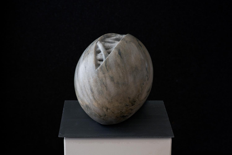 """Elke Wieland, """"Veränderung"""", Cristallina Marmor, 2017, 35 x 26 x 22 cm, 2400€"""
